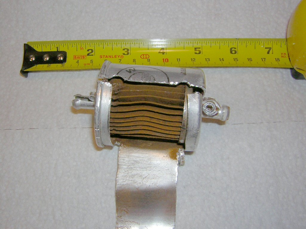 Fuel filter exposed